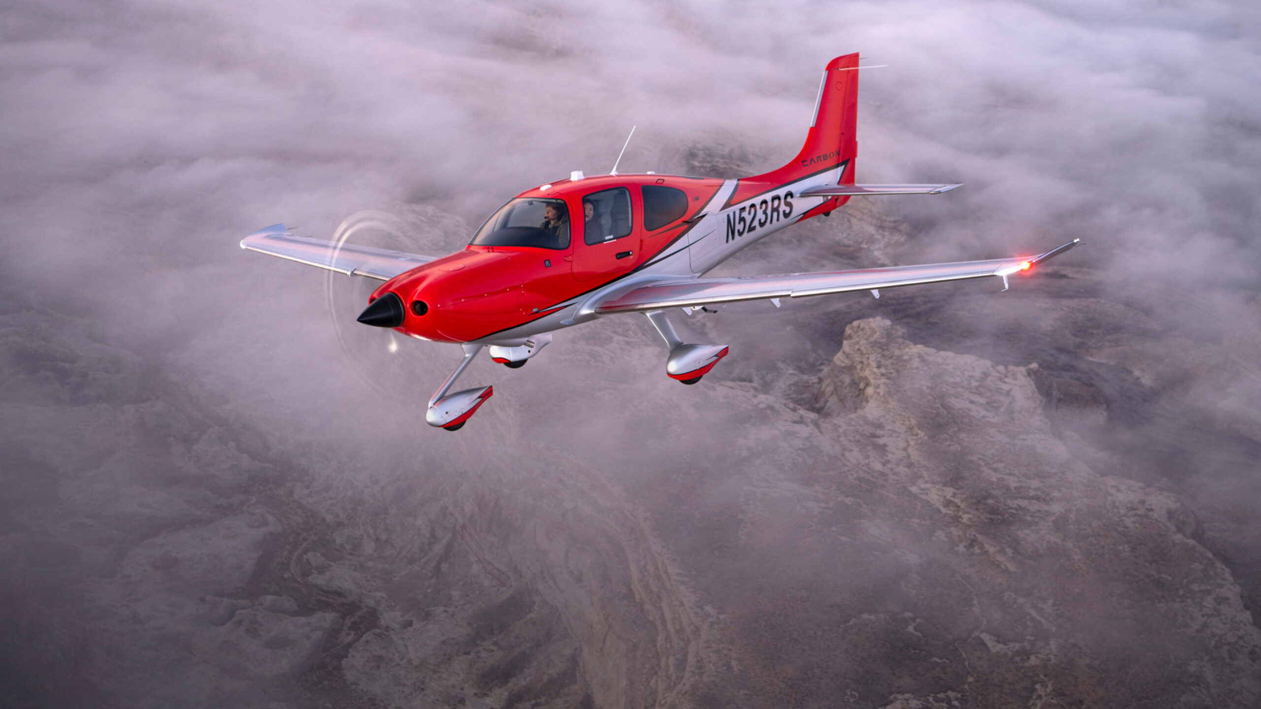 sr22t airplane